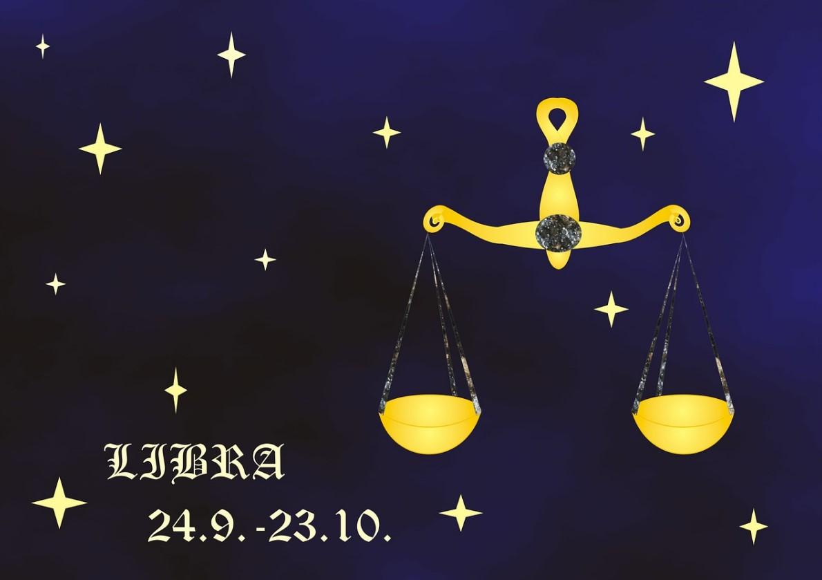 Женский гороскоп на Апрель 2021 Весы