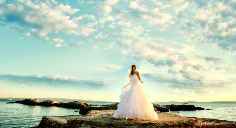 Самые модные свадебные платья 2021